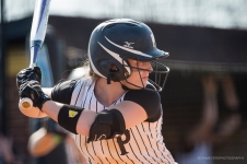 128-pfeiffer_softball_-_sean_meyers_photography